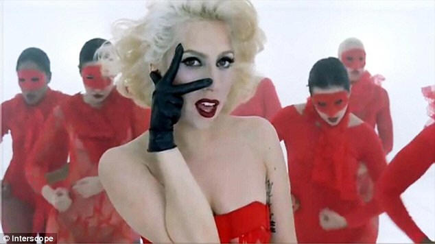 Lady gaga music video: applause (liam keegan remix)